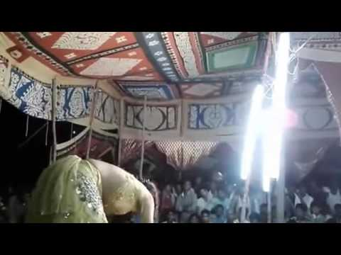 Video ..........Bhojpuri Hot girl old song Arkesta dance ........YouTube download in MP3, 3GP, MP4, WEBM, AVI, FLV January 2017
