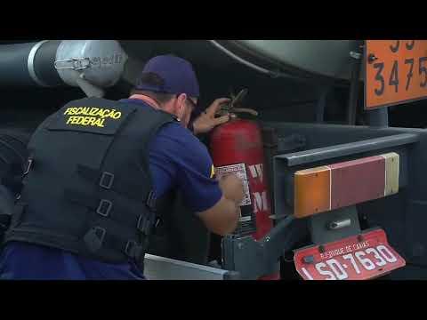 Operação Bomba Limpa autua postos de combustíveis