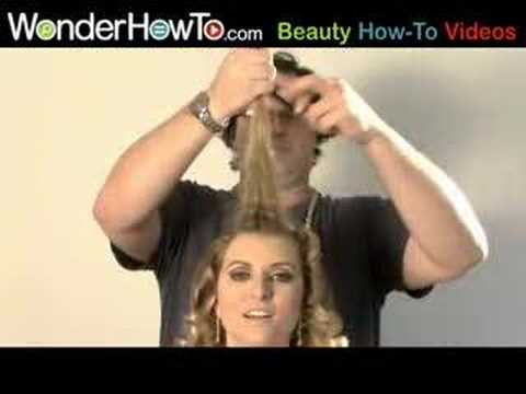 how to make a beehive hairstyle. Believe it or not, the beehive hairstyle