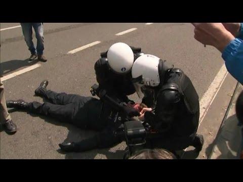 België: politie zoekt man die hoofdcommissaris slo - RTL Z NIEUWS