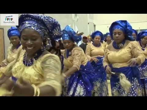 IGBO WOMEN DANCING