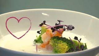 Zitronensuppe mit Broccoli und Garnelen | Der perfekte Gang zum Valentinstag