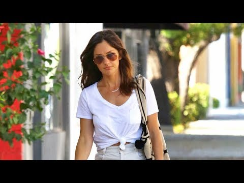 Jesse William's New GF Minka Kelly Gets Her Eyes Checked In Beverly Hills