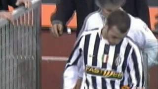 Video Espulsione Montero Roma-Juventus 4-0 commento Carlo Zampa MP3, 3GP, MP4, WEBM, AVI, FLV Mei 2017