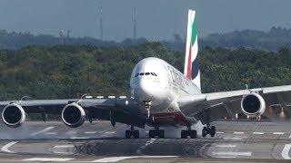 Emirates A380 crosswind landing