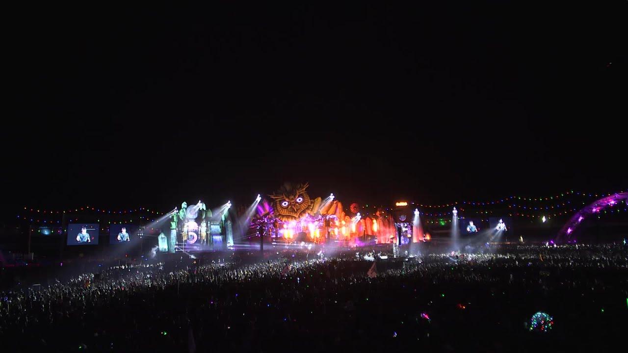 Armin van Buuren - Live @ Electric Daisy Carnival 2015