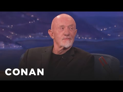 Jonathan Banks Asks Conan What He's Reading Lately