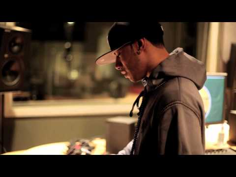 AraabMUZIK & Dub In The Studio (2011)