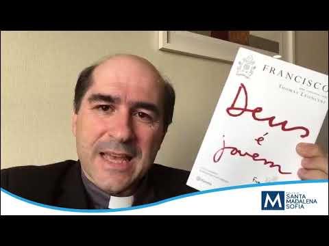 Pe. Joãozinho lançando o livro