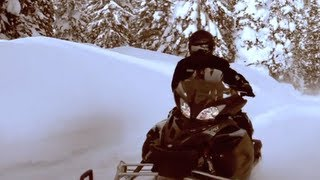 8. 2012 Yamaha Vector Snowmobile Quick Look