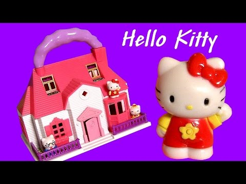 mini - DisneyCollector presents Hello Kitty Mini Doll House playset featuring a flip-out yard with pool. Enter HelloKitty Mini World with this cute Dolls House Set. This pretty pink house is the perfect...