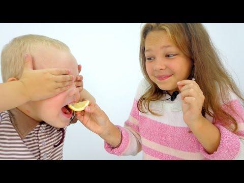 Видео для детей. Игра Угадайка: ВКУС ЕДЫ. Настя и Вова - Играем вместе