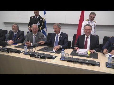 Βέλγιο-ΝΑΤΟ- Συνάντηση Ευ. Αποστολάκη-Χ. Ακάρ