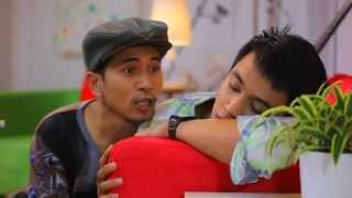 Video Drama Antara Kita Bloopers Aliff Aziz, Bell Ngasri, Fara Fauzana & Anne Ngasri MP3, 3GP, MP4, WEBM, AVI, FLV Juni 2018