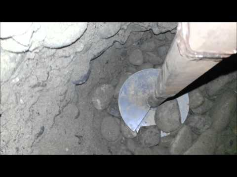 Full video forage d 39 un puits avec une tari re main for Tariere manuelle forage puit