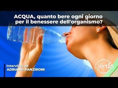 bere molta acqua al giorno fa bene: ecco perché!