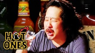 Video Bobby Lee Has an Accident Eating Spicy Wings | Hot Ones MP3, 3GP, MP4, WEBM, AVI, FLV Juli 2018
