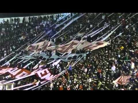 LA BANDA DE LA QUEMA TENEMOS LOS TRAPOS DE LA BUTTELER - La Banda de la Quema - Huracán - Argentina - América del Sur