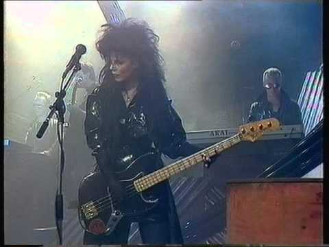 Patricia Morrison: This Corrosion (The Sisters Of Mercy, Roxy UK, TV1987)