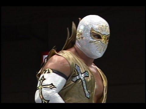 Mistico (Sin Cara) vs. Averno from NJPW/CMLL Fantastica ...