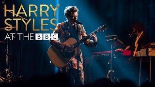 Video Harry Styles - Girl Crush (At The BBC) MP3, 3GP, MP4, WEBM, AVI, FLV Maret 2018