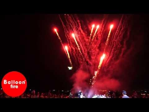 Ρουκετάκια-Cracking-Βεντάλια πυροτεχνήματα στην είσοδο γάμου Επακρον