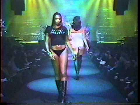 Lane Bryant runway show 2002 - Part 1 (of 2)