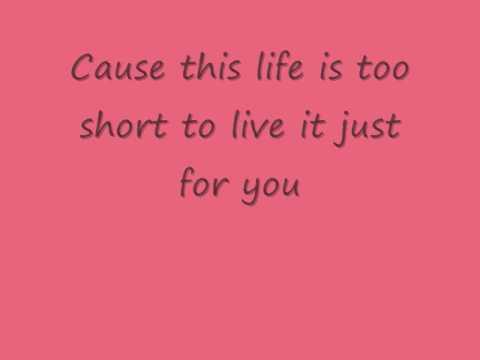 Nelly Furtado powerless lyrics