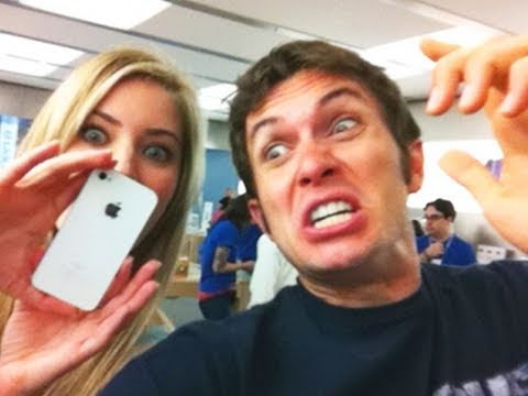 dancing at the apple store - Main channel - http://youtube.com/tobuscus Fanpage - http://facebook.com/tobyturnerfans TobyGames - http://youtube.com/tobygames Daily Vlogs - http://youtube...