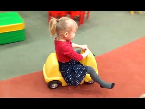 Развлечение для детей Детская игровая комната Entertainment for children Children's playroom (видео)