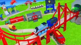 Video Brio & Thomas and Friends Toy Trains w/ Fire Truck, Toy Vehicles & Wooden Railway Train for Kids MP3, 3GP, MP4, WEBM, AVI, FLV Juni 2019