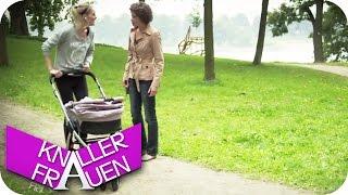 Kinderwagen - Knallerfrauen Mit Martina Hill In SAT.1