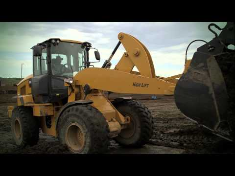 Cat D Series Compact Track Loaders provide versatility to tackle any job.