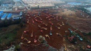 Chińczycy ekspresowo budują szpital polowy w Wuhan.