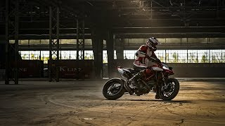 Ducati Hypermotard 2019, a tutto freestyle - Video Dalla Rete