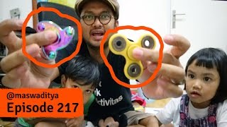 Video Fidget Spinner Review and Challenge MP3, 3GP, MP4, WEBM, AVI, FLV Mei 2017