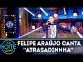 Felipe Araújo canta