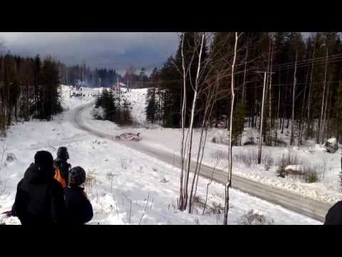 Henning Solberg hit a snowbank in Rally Sweden 2014