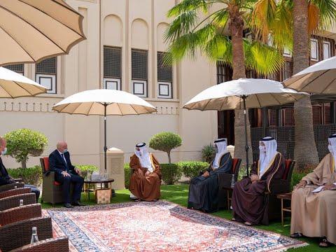 سمو ولي العهد رئيس مجلس الوزراء يلتقي السيد جياني إنفانتينو رئيس الاتحاد الدولي لكرة القدم (الفيفا) بمناسبة زيارته إلى مملكة