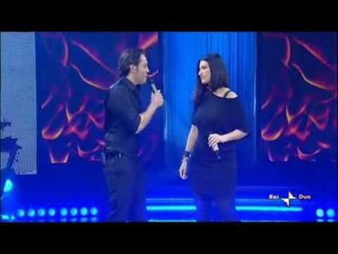 , title : 'Tiziano Ferro e Laura Pausini - Vivimi'