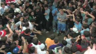 Video UNC Chapel Hill UL Flash Mob Rave MP3, 3GP, MP4, WEBM, AVI, FLV Agustus 2018