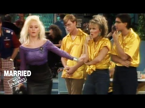 The Bundys Go Bowling! | Married With Children