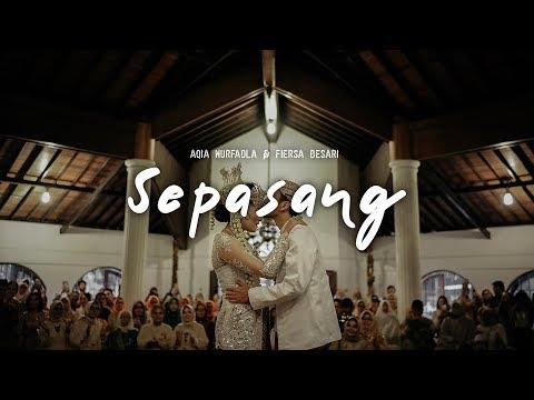 Sepasang