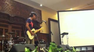Video Eross Chandra solo guitar (Sheila on 7) jam session @Phoenix Hotel Yogyakarta MP3, 3GP, MP4, WEBM, AVI, FLV Januari 2018