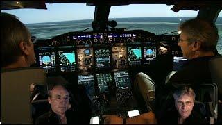 Video Airbus A380 SIMULATOR - Bird Strike/ Engine fire on Takeoff (ENG sub) MP3, 3GP, MP4, WEBM, AVI, FLV Juni 2019