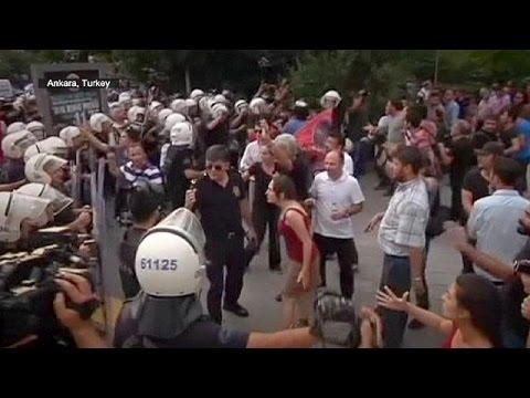 Διαδηλώσεις κατά των τζιχαντιστών και της τουρκικής κυβέρνησης σε Άγκυρα και Ιράκ