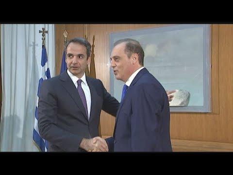 Συνάντηση του πρωθυπουργού με τον Κυριάκο Βελόπουλο