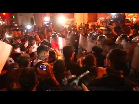 Proteste in Peru: Gegen Korruption und für politisc ...