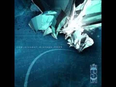Tekst piosenki VNM - Marzyciele feat. Tomson [Afromental] po polsku