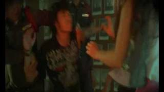 Thai Music Video/i-nam/My Only Right Is To Miss You (mee-sit-kair-kid-teung)